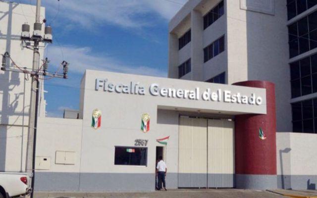 Descubren a agente de Fiscalía de Jalisco sosteniendo relaciones sexuales en la calle - Foto de Quadratín.
