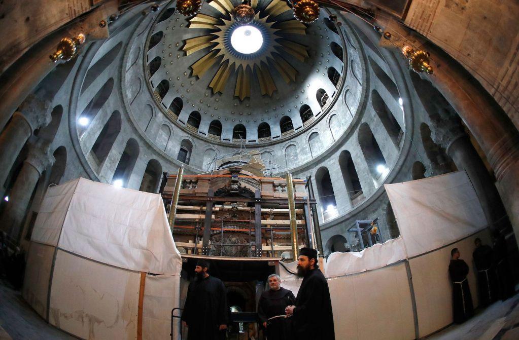 Abren la tumba de Jesucristo tras siglos de permanecer intacta - Foto de AFP.