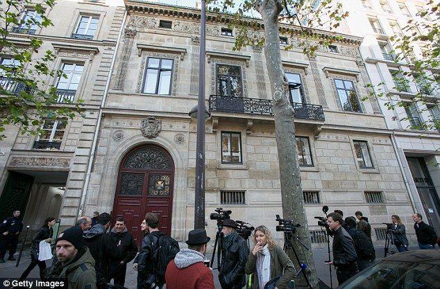 Esta es la residencia de Kim Kardashian en París, donde fuera amenazada y robada por un grupo criminal. Foto de Neil Warner