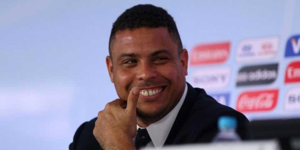 Ronaldo revela que Roberto Carlos le salvó la vida - Foto de Internet