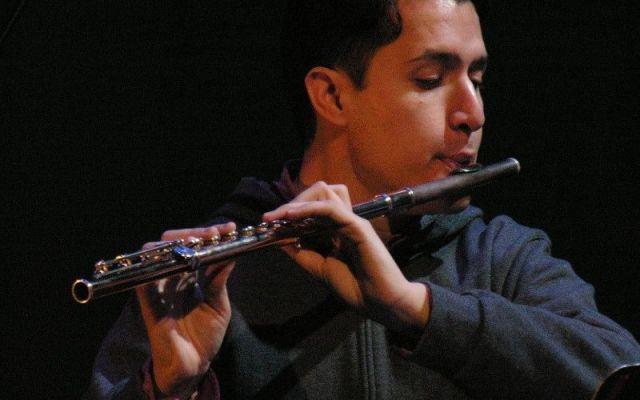 Flautista mexicano crea orquesta sinfónica en Nueva York