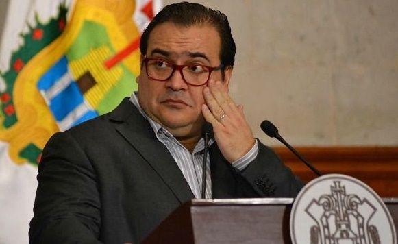 Detienen a tres excolaboradores de Duarte