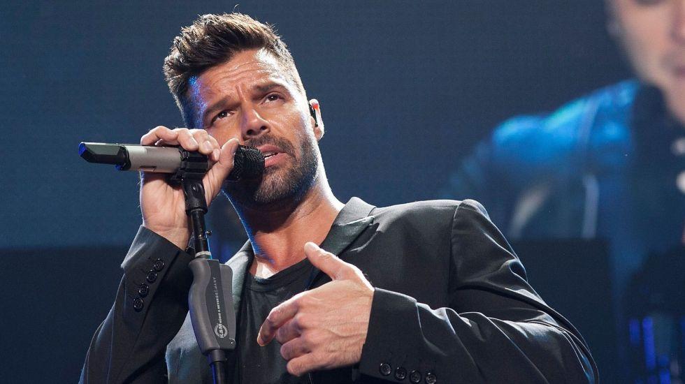 Posponen concierto de Ricky Martin luego de accidente en México