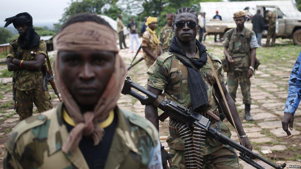Enfrentamiento entre ejército y rebeldes en Uganda deja 54 muertos