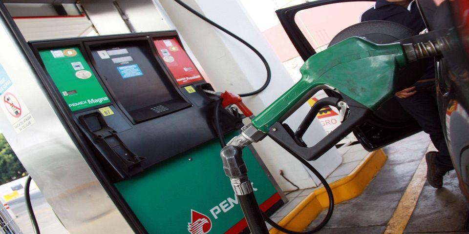 Venden gasolina Magna en 12.44 pesos el litro en Ciudad Juárez - Foto de Archivo