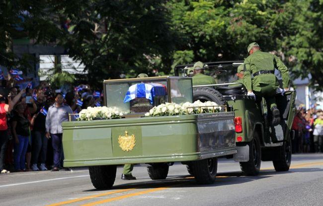 Llegan restos de Fidel Castro a Santiago de Cuba - Foto de Notimex