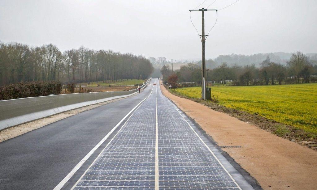 Francia inaugura la primera carretera solar
