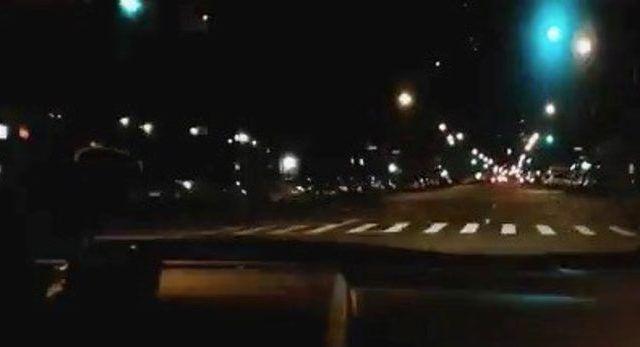 Video: conductor de Uber cruza 240 semáforos en verde