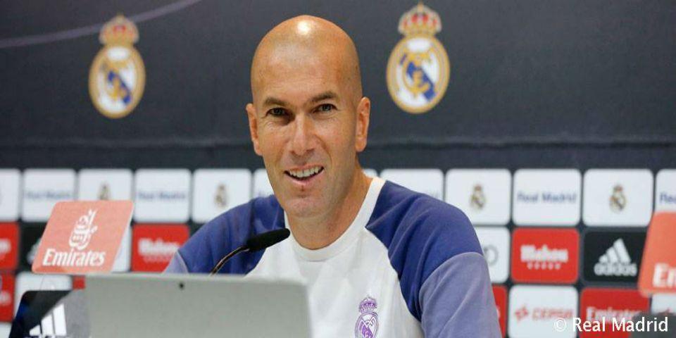 Zidane no quiso revelar la alineación para el Clásico - Foto de  @realmadrid