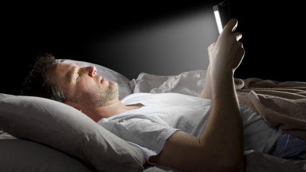 Asocian insomnio con uso de tecnologías - Foto de Internet