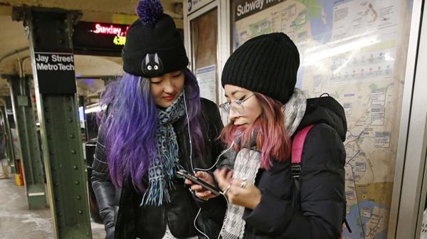 Metro de Nueva York con cobertura total de WiFi - Foto de AP