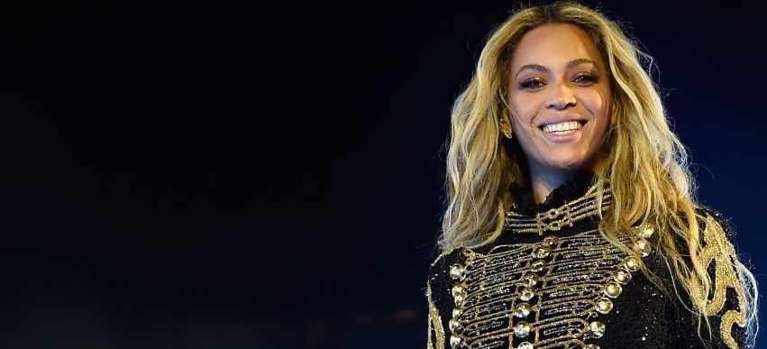 Beyoncé anuncia su embarazo de gemelos en Instagram