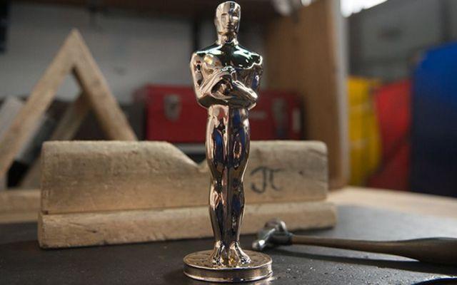 Cómo se hace una estatuilla del Oscar