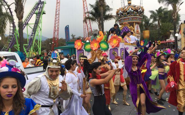 Festejan el Mardi Gras en la Ciudad de México