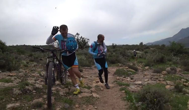 #Viral Abejas atacan a ciclistas