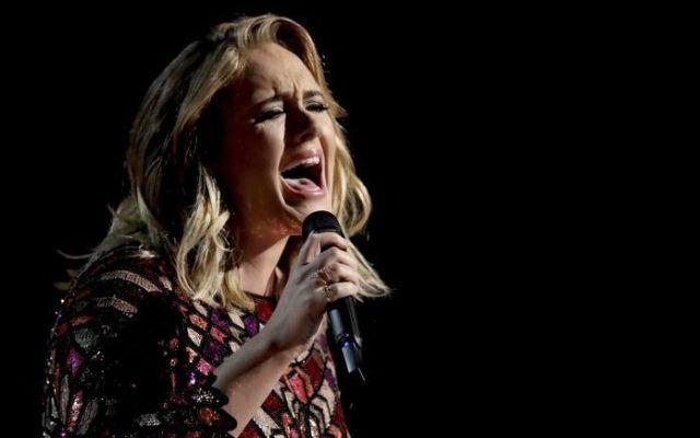 Adele cancela conciertos por problemas en cuerdas vocales - Adele. Foto de archivo