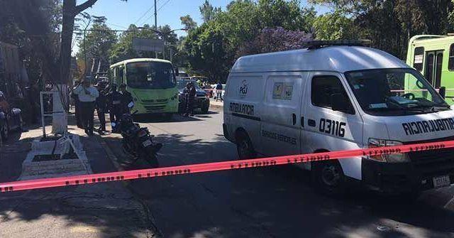 Asesinan a persona durante asalto a transporte público en Azcapotzalco - Foto de Excélsior