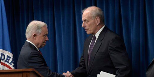 Kelly y Sessions defienden arrestos de migrantes en cortes californianas
