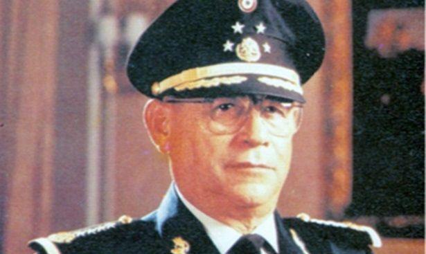Muere Antonio Riviello, exsecretario de la Defensa Nacional - Foto de internet
