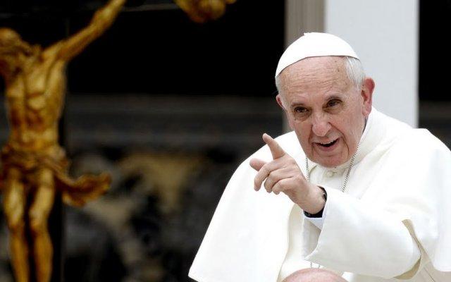 Papa Francisco dona 106 mil dólares a pobres en Alepo