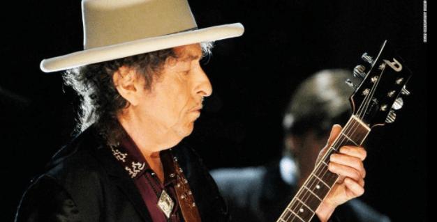 Bob Dylan finalmente recibe el Nobel
