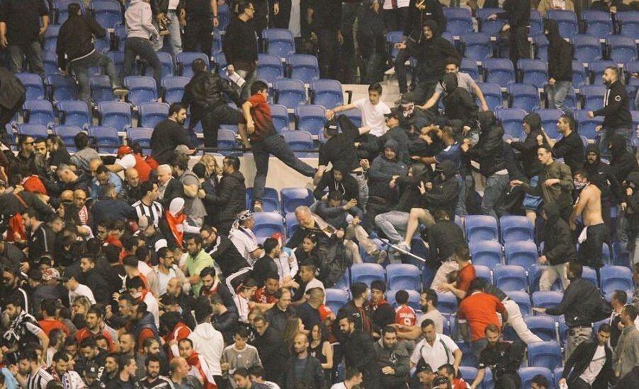 UEFA suspende al Besiktas y al Lyon - Foto de Internet