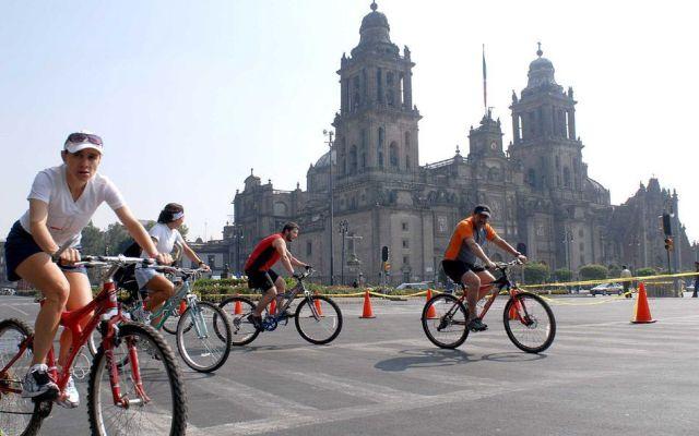 Viajes en bicicleta en la Ciudad de México alcanzan los 135 mil diarios - Foto de NOTIMEX/BERNARDO MONCADA/BMR/HUM/