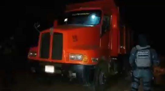 Federales aseguran casi cuatro mil litros de gasolina en Michoacán - Foto de Internet