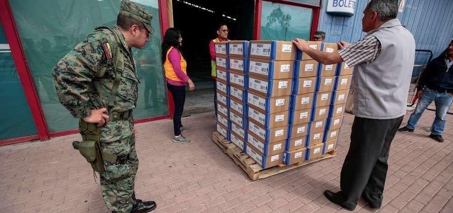 Ecuador irá a las urnas para decidir entre la continuidad o la derecha