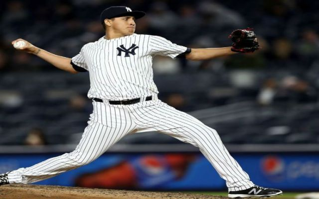 Pitcher mexicano debuta con Yankees - Foto de @MLB_Mexico
