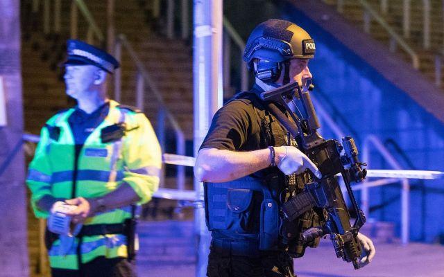Revelan fotografías del terrorista de Manchester años antes del ataque - Foto de London National Police