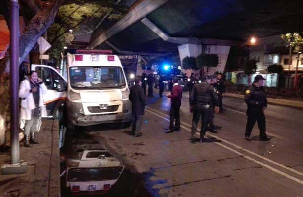 Atropellan a policías en alcoholímetro en Venustiano Carranza - Foto de Jaime Llera