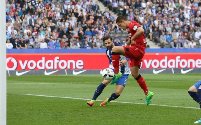 Chicharito anota con el Leverkusen luego de tres meses - Foto de @bayer04_es