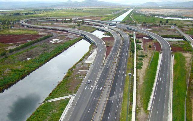 OHL aumenta tarifas del Circuito Exterior Mexiquense y Viaducto Bicentenario - Circuito Exterior Mexiquense. Foto de Plana Mayor