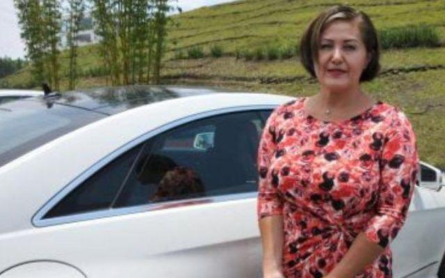 Eva Cadena aparece en tercer video recibiendo fajos de billetes - Foto de Internet