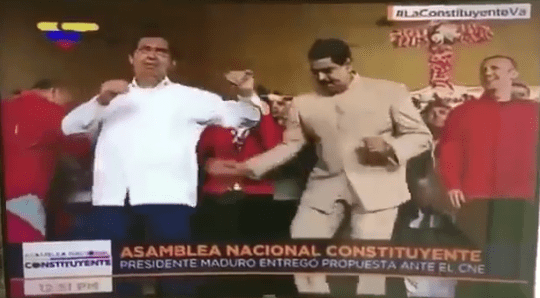 #Video Nicolás Maduro baila mientras continúan las protestas en Venezuela