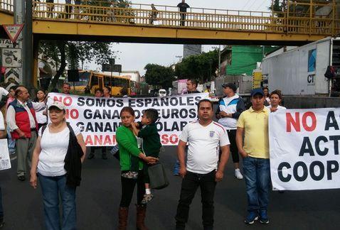 Comerciantes realizan bloqueo en avenida Observatorio - Foto de Milenio