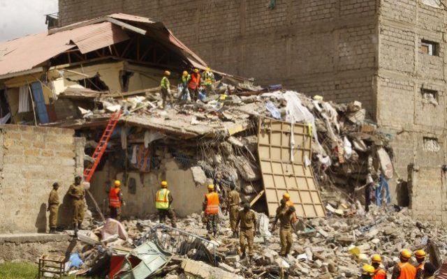 Al menos 15 desaparecidos tras colapsar edificio en Kenia - Foto de Reuters