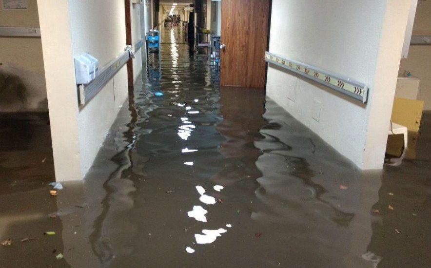 Reabren el Hospital General de la Villa tras inundaciones - Foto de Archivo