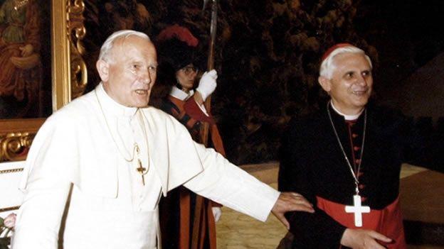 Juan Pablo II hablaba con sus colaboradores sobre la posibilidad de retirarse