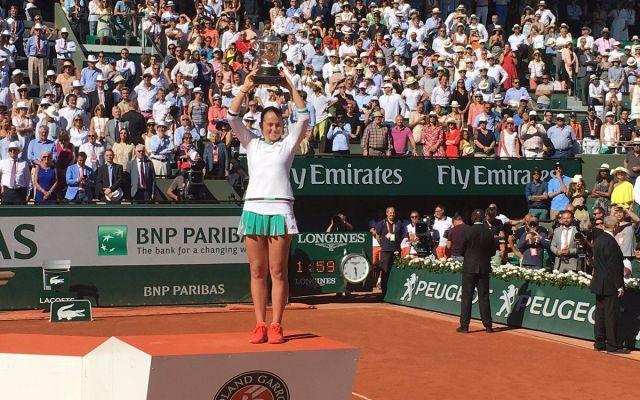Jelena Ostapenko gana Roland Garros - La letona que cumplió 20 años esta semana consiguió su primer título en el circuito profesional. Foto de @rolandgarros