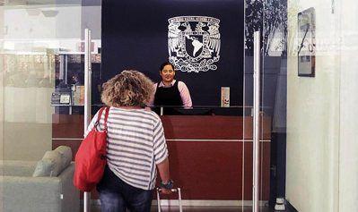 UNAM instala clínicas especializadas en viajeros