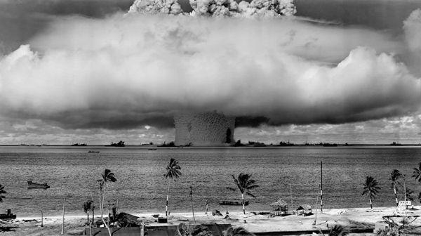 Aprueban en la ONU primer tratado para prohibir armas nucleares