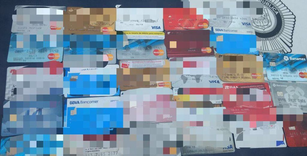 Detienen a venezolano con 28 tarjetas clonadas en la GAM