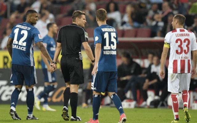 #Video Árbitro abandona partido de Bundesliga por lesión