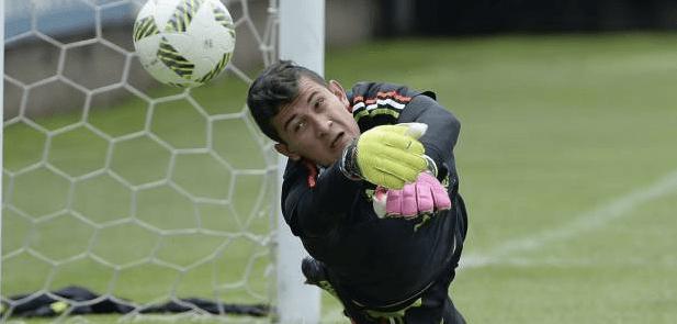 Raúl Gudiño llega al Apoel y podrá jugar Champions