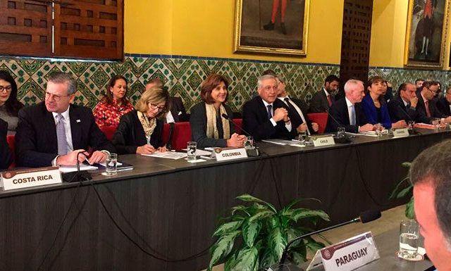 Venezuela es una dictadura: cancilleres