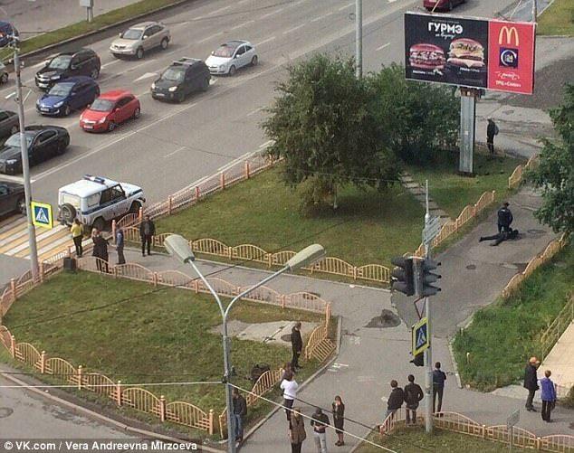 Sujeto hiere a ocho personas con cuchillo en Siberia - Foto de VK