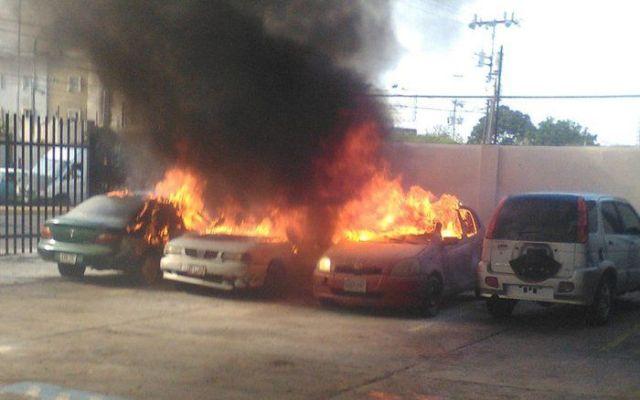 Explota bomba en diario opositor de Venezuela - Foto de @VPITV @VPITV