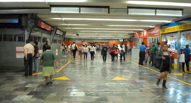 Destituyen a funcionaria del MP en el Metro Hidalgo - Foto de Internet